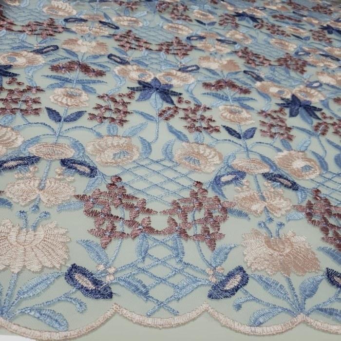 Tecido Tule Bordado Primavera Flores Azul Serenity