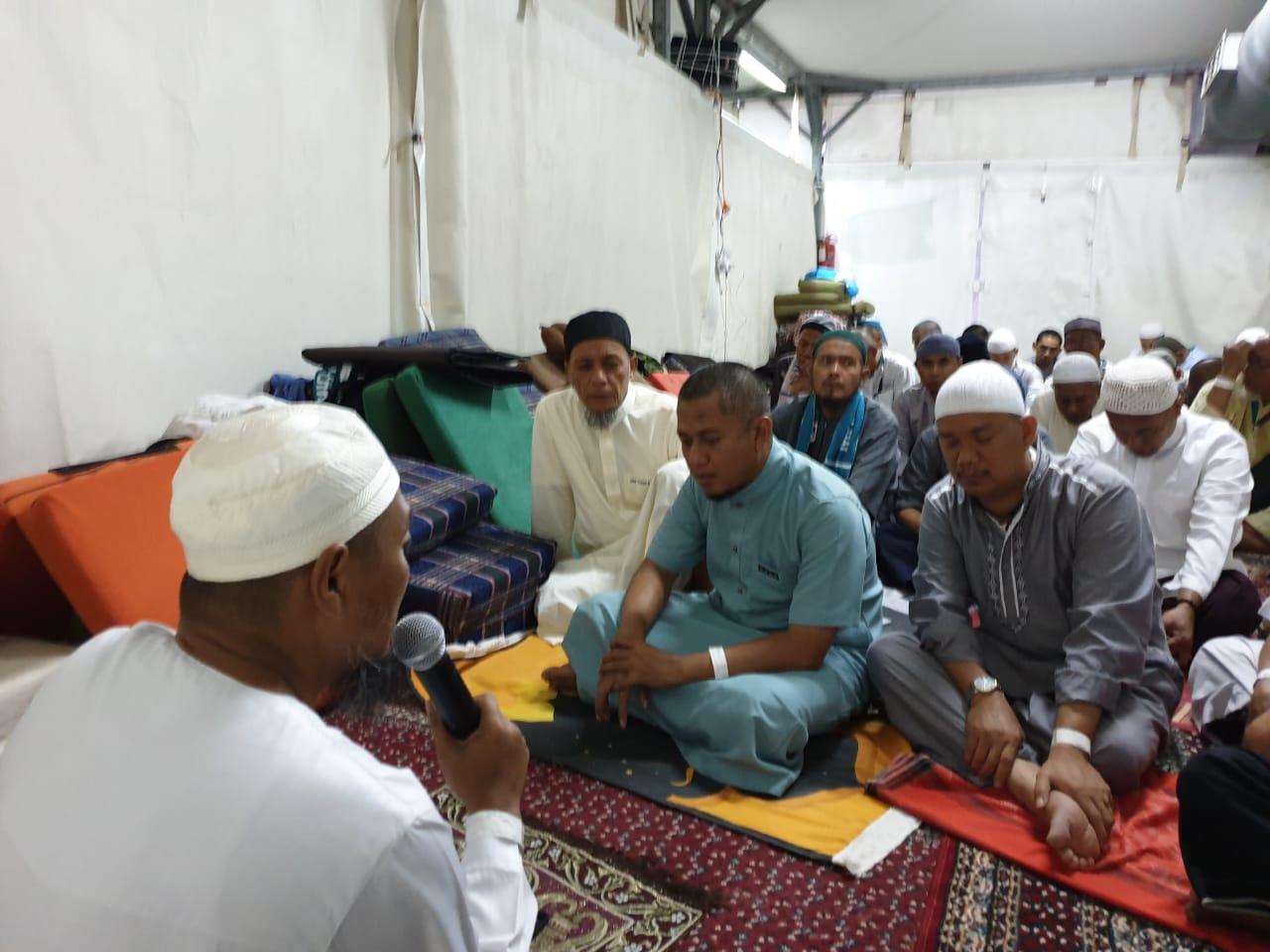 Haji Furoda Umi Trave