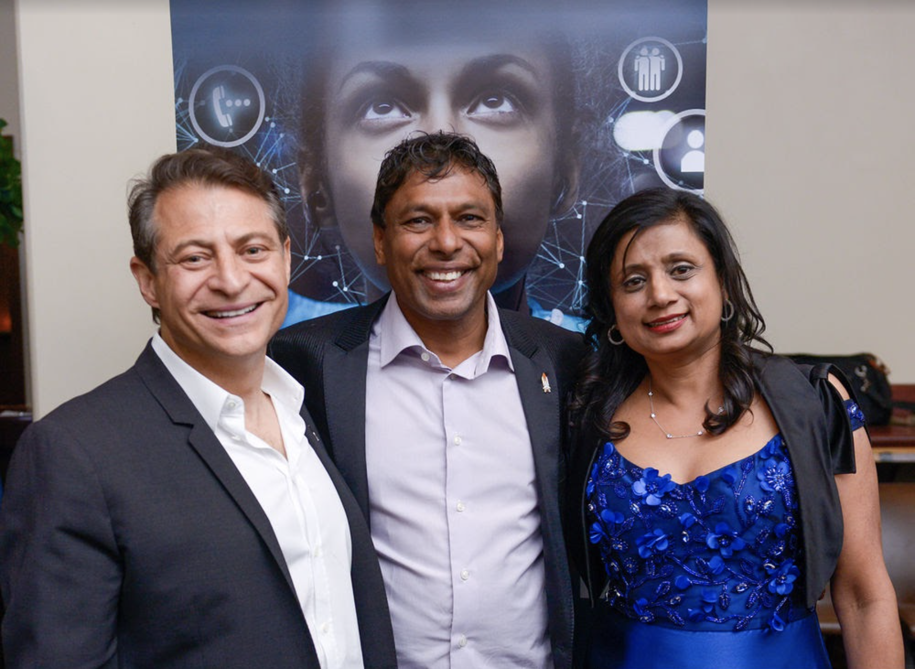 """""""Naveen Jain shows you how to unlock the secret ingredients needed to take your own moonshot"""""""