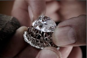 "Are Diamonds Compatible with ""New Luxury""?"