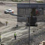 Patrulla Fronteriza de EEUU detiene al grupo más grande de migrantes jamás encontrado