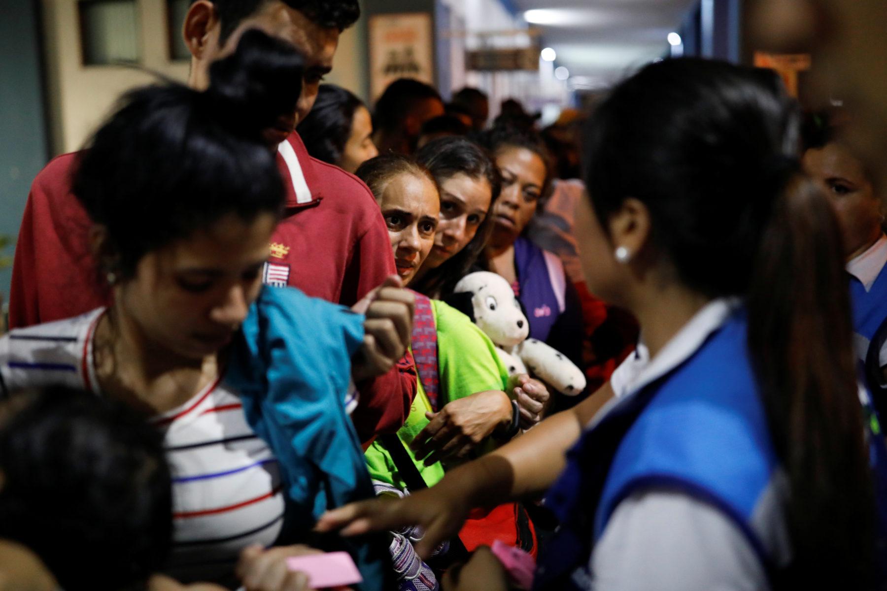 start barring venezuelan migrants - HD1800×1200