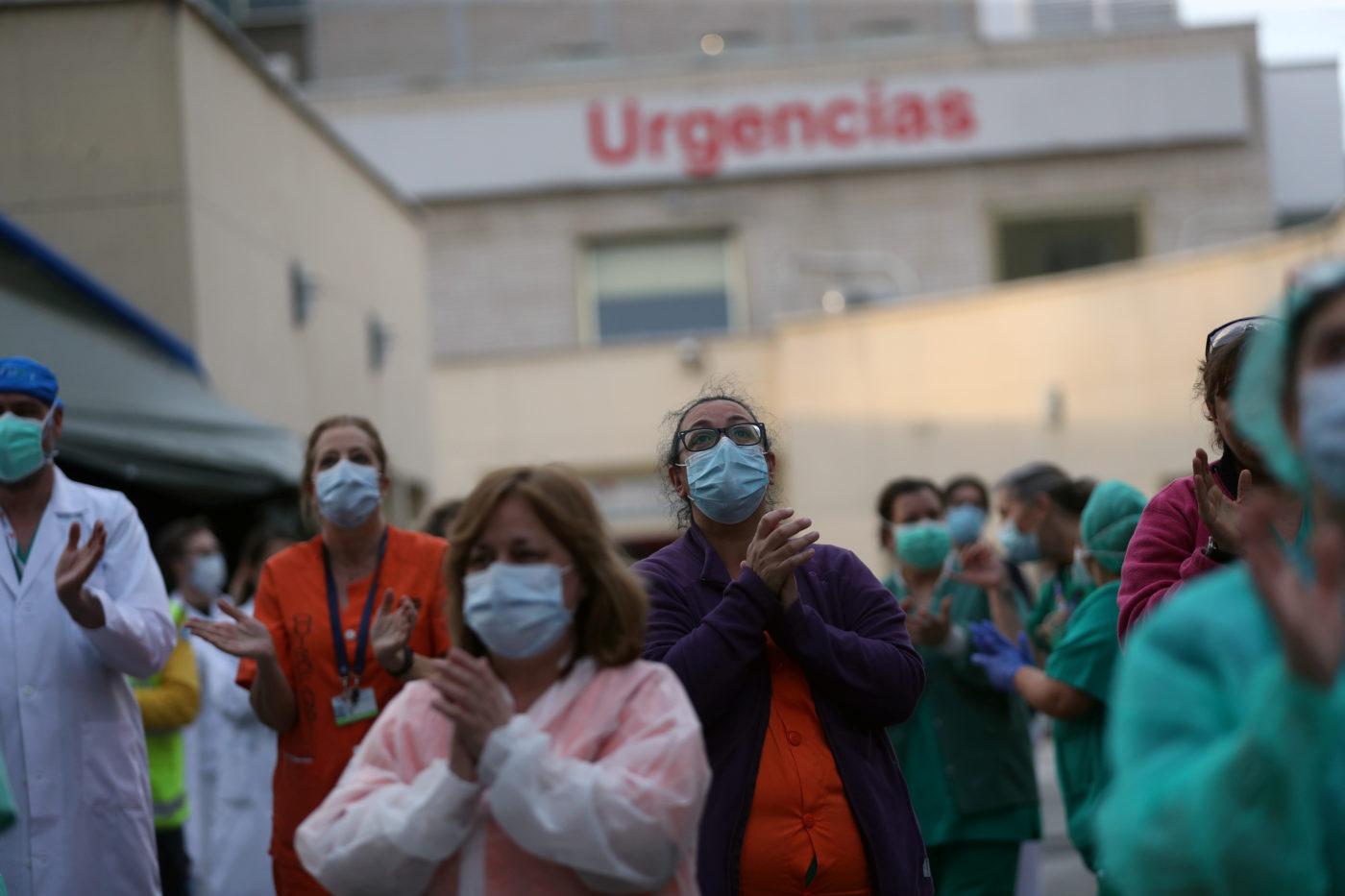 Día Mundial de la Salud: Alberto Fernández saludó a médicos y enfermeros