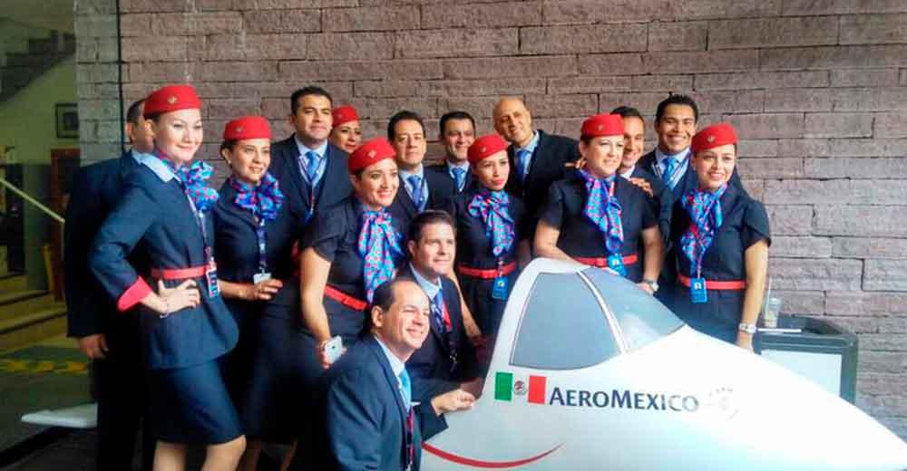 sobrecargos Aeroméxico