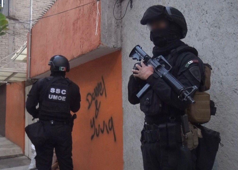 Procesan a policías