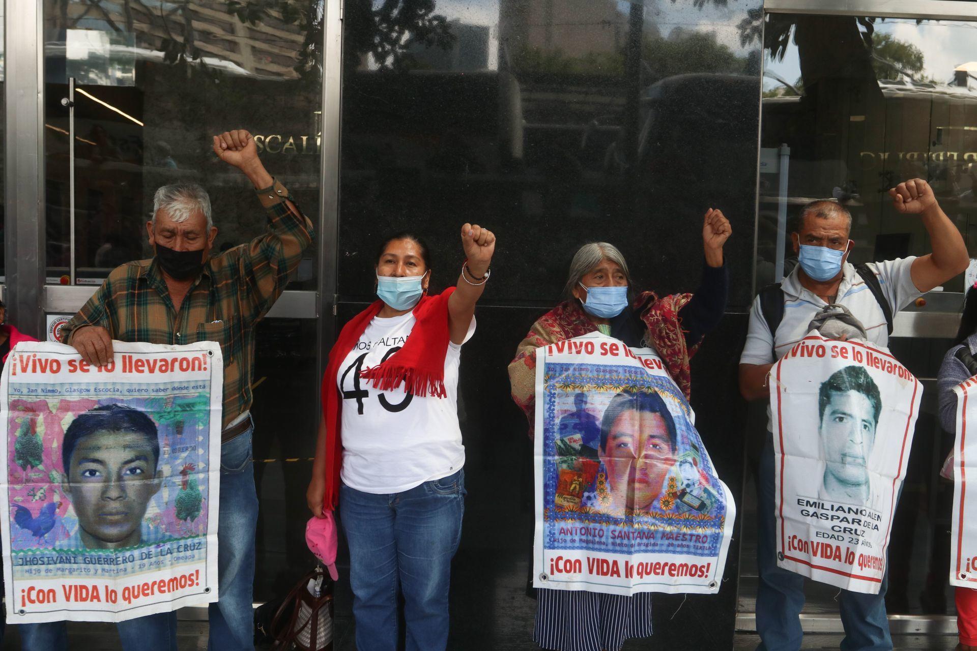 Caso Ayotzinapa/Foto:cuartsocur