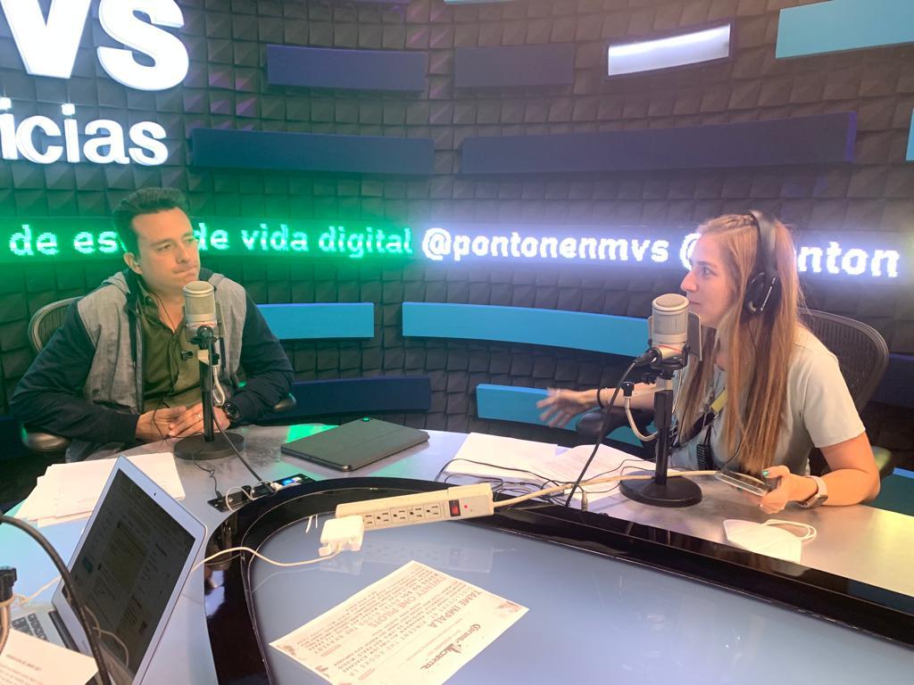 Diana Fonseca con Pontón en MVS / Ilustración