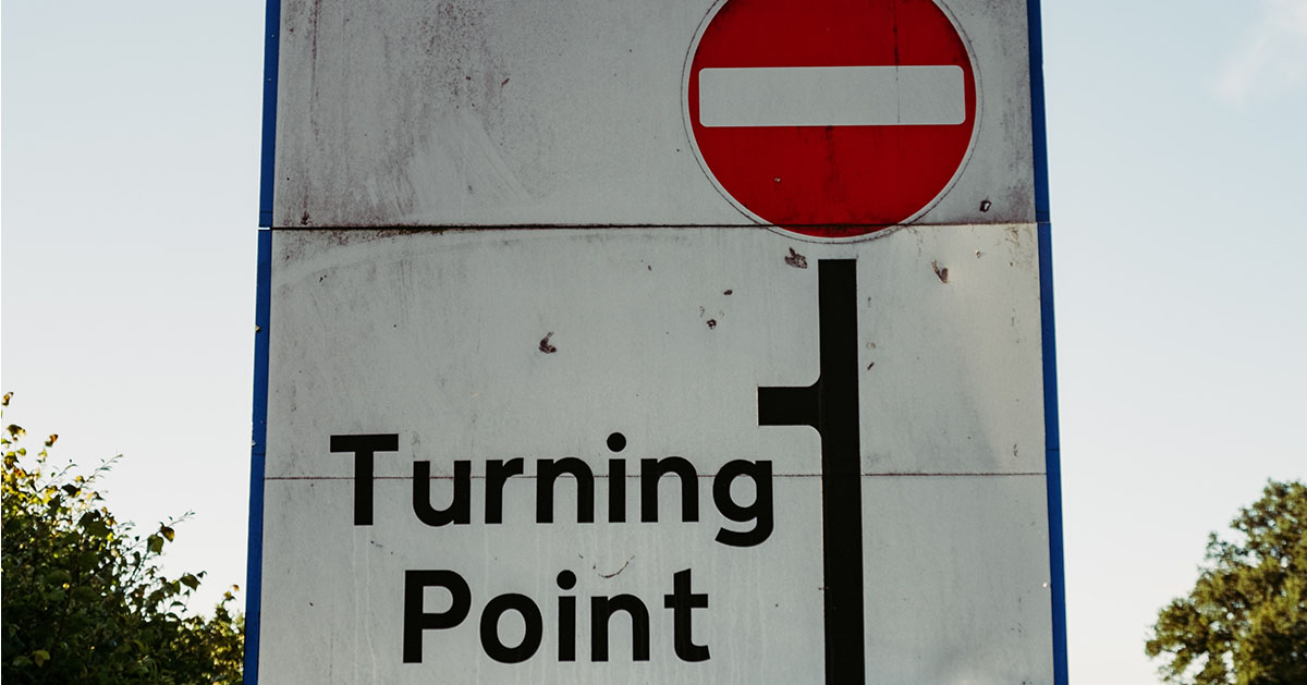 Turning point traffic sign