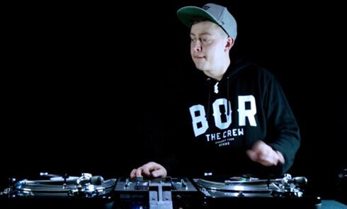 Phase x DJ VaZee