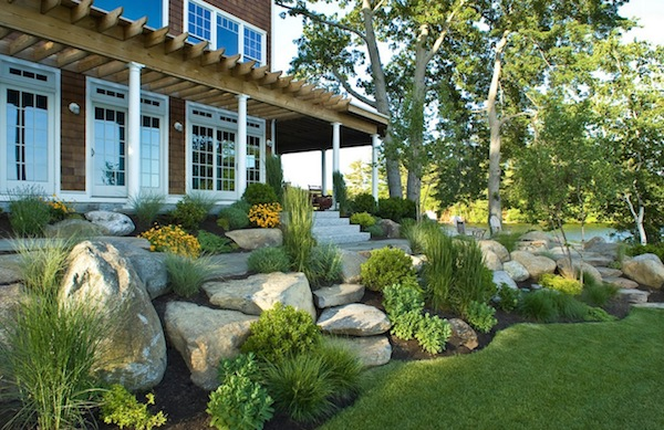 Updating Homes' Exterior for Greater Buyer Curb Appeal
