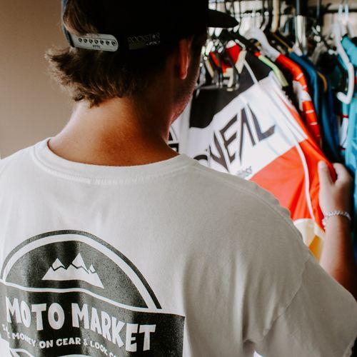Moto Market Company
