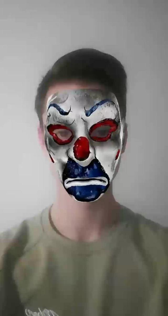 romanvityk__ Instagram filter Joker