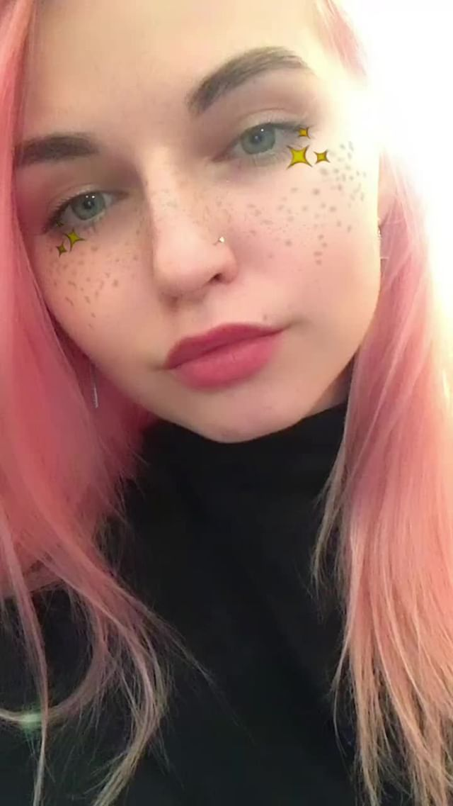 mikhalinakris Instagram filter  stars on cheeks