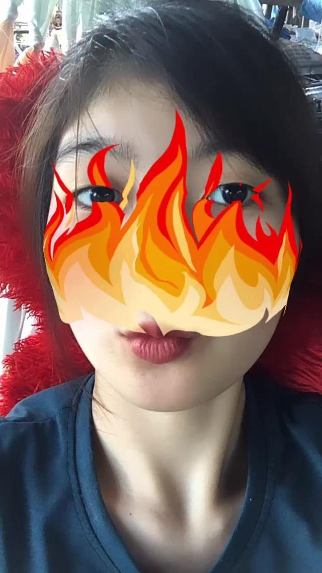 parichat98 Instagram filter Burns Baby Burns