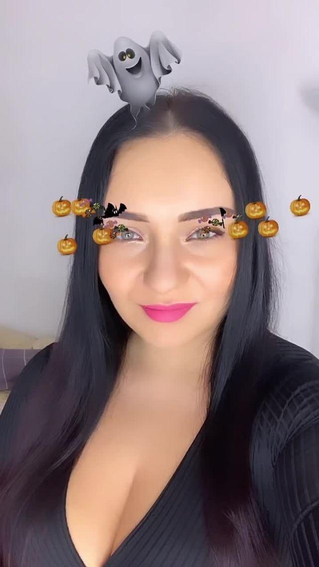 Instagram filter Halloween ghosts