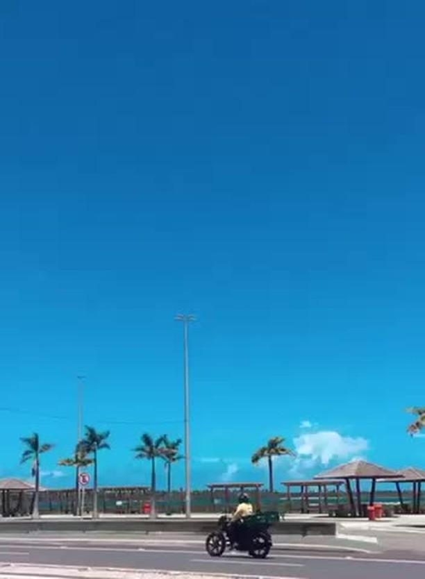 claytxx Instagram filter coney island