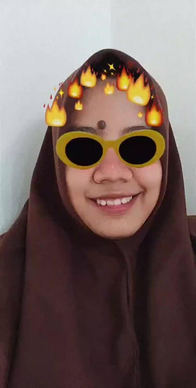 sindytiaulfaa Instagram filter Hot Glasses