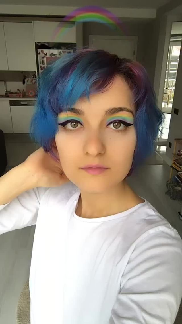 caffeinatedbynoon Instagram filter Rainbow Makeup