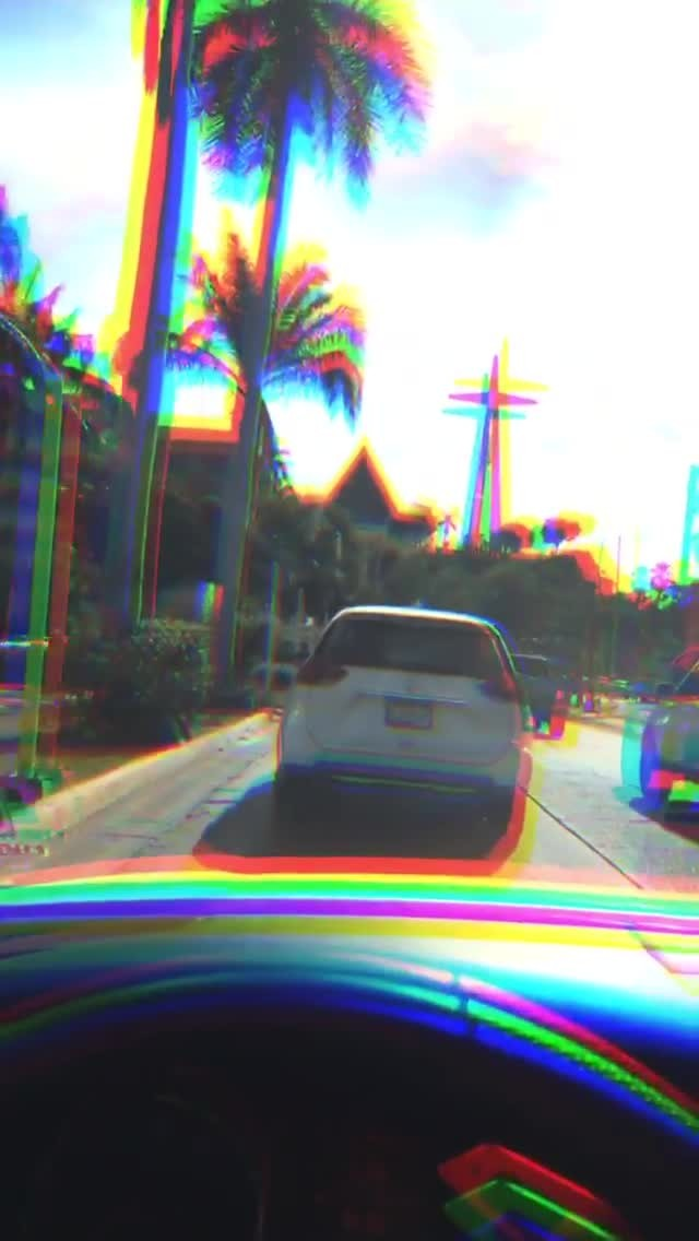 Instagram filter GLITCH