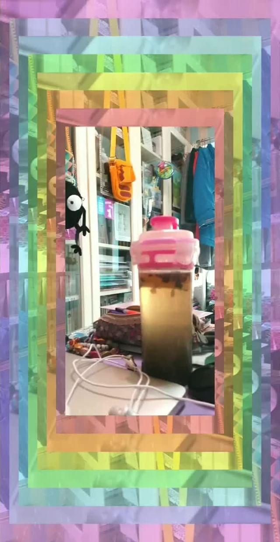karinedacurry Instagram filter kaleidoscope