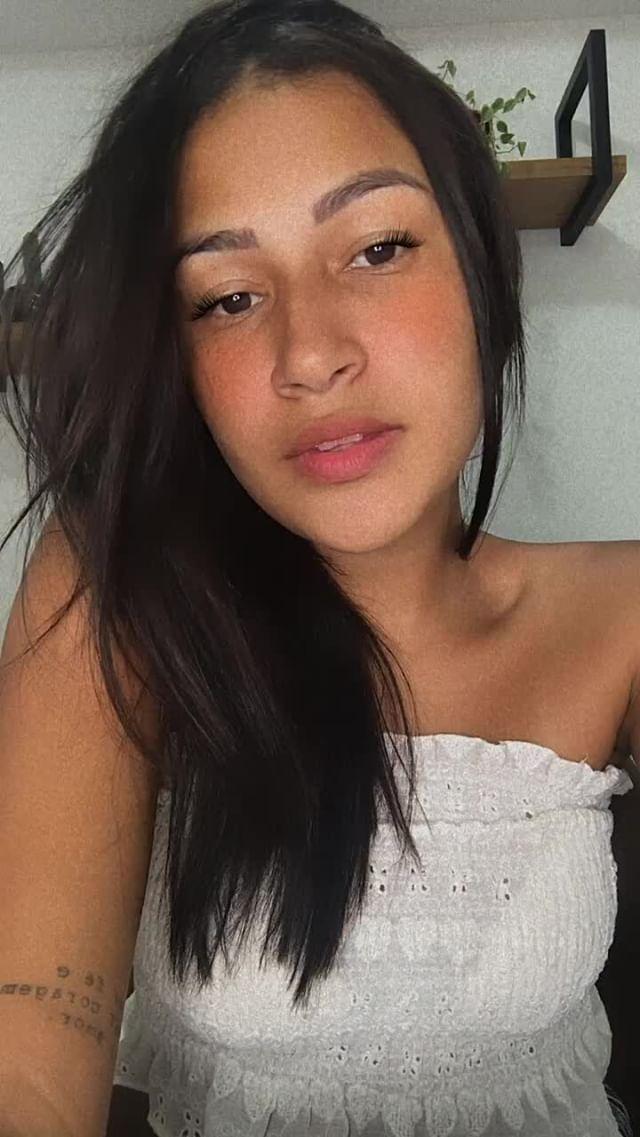 taticoelhoj Instagram filter Basic Makeup