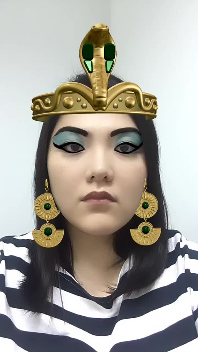 Instagram filter Cleopatra