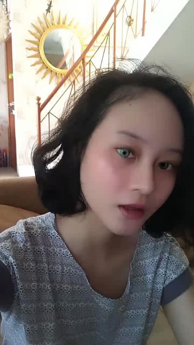 Instagram filter Fake Heterochromia