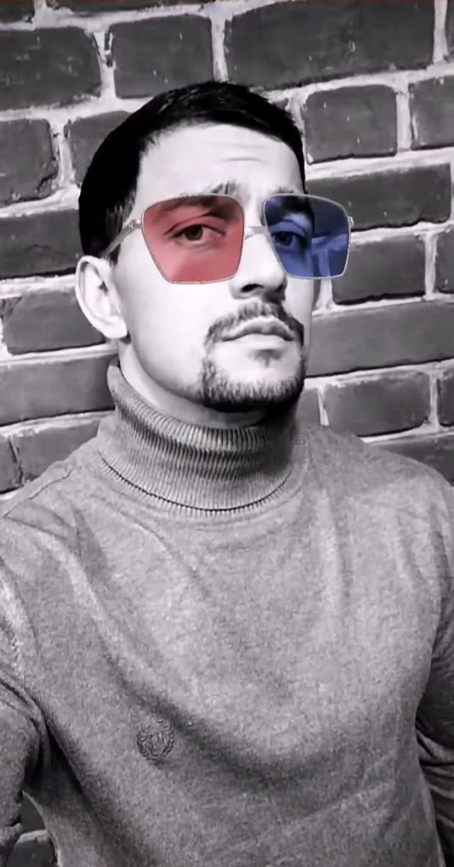 Instagram filter Red&Blue glasses