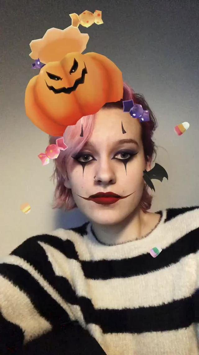 devolist.art Instagram filter Spooky Pumpkin