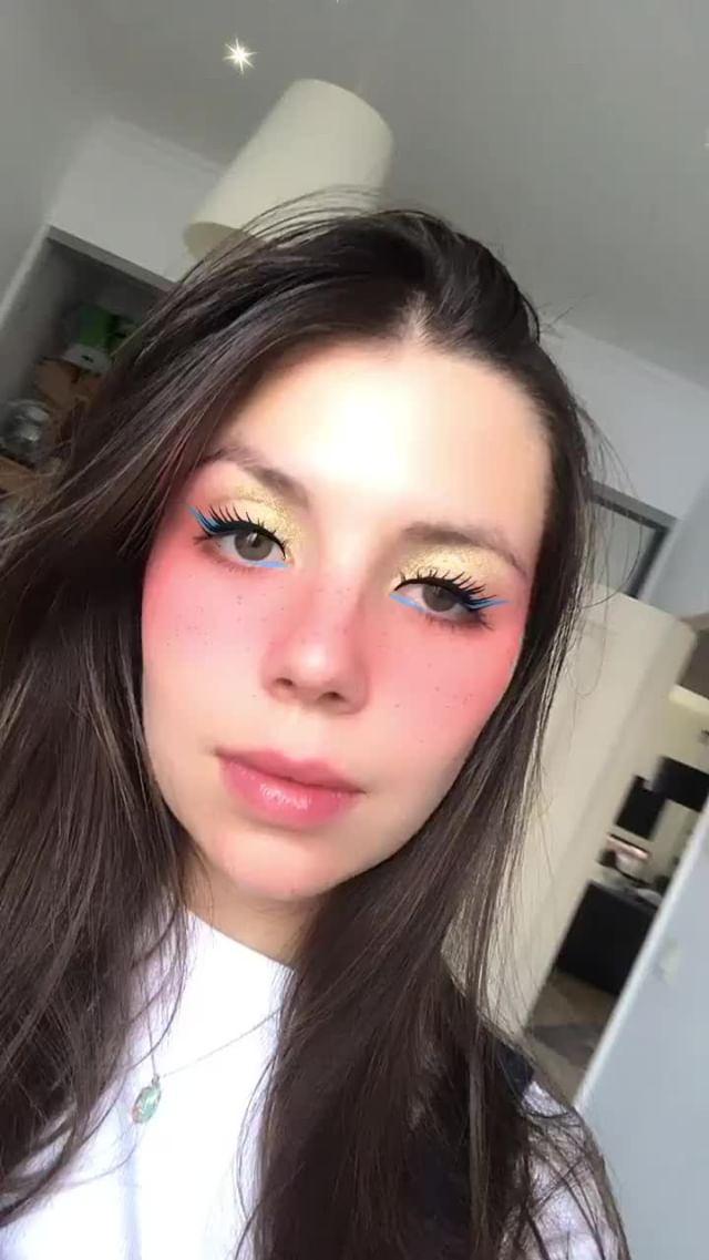 Instagram filter Anaelle