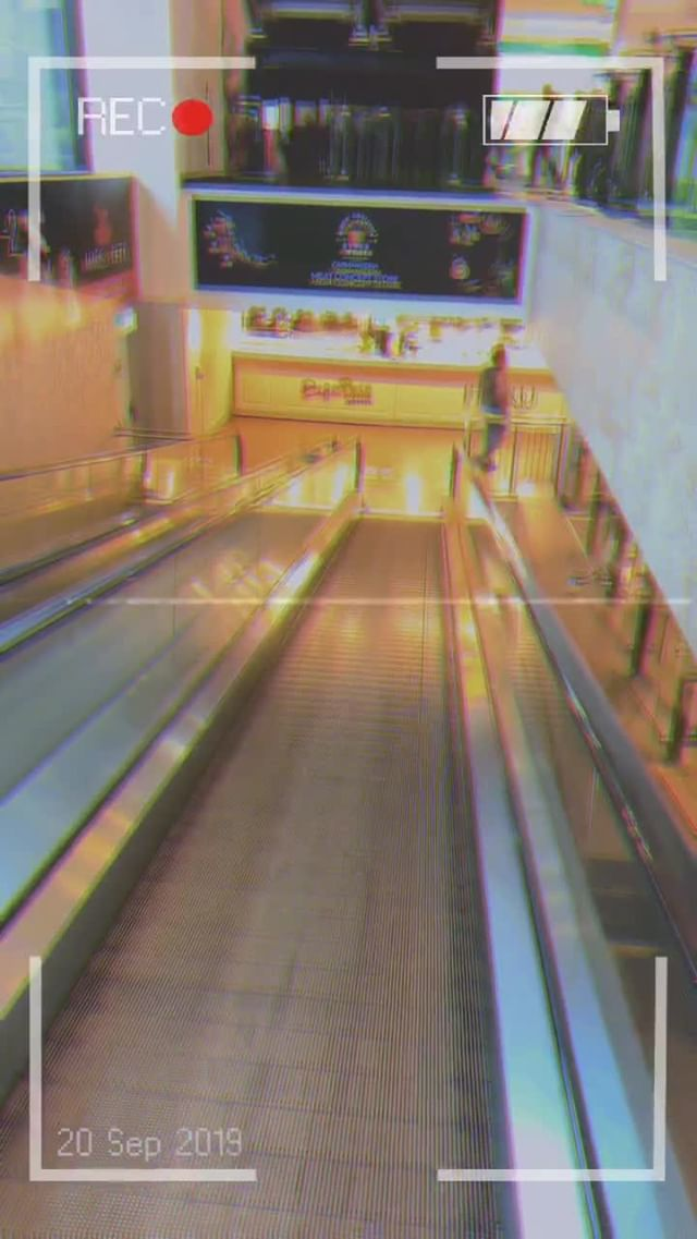 Instagram filter VHS Anni 90