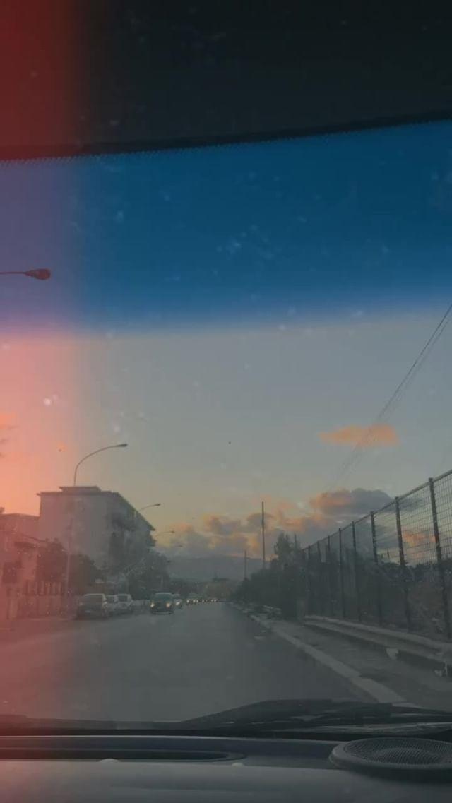k.bruk_nicole_ Instagram filter Sunshine VHS93