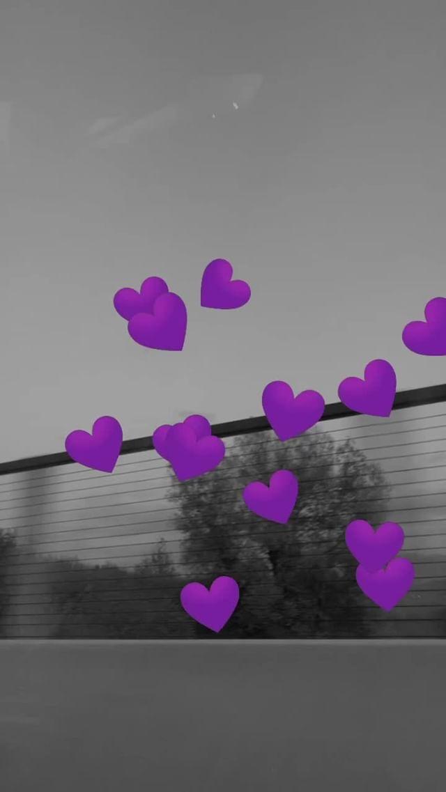 Instagram filter violet hearts