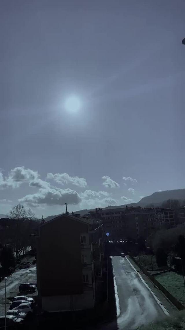 _tayren_official Instagram filter sky light