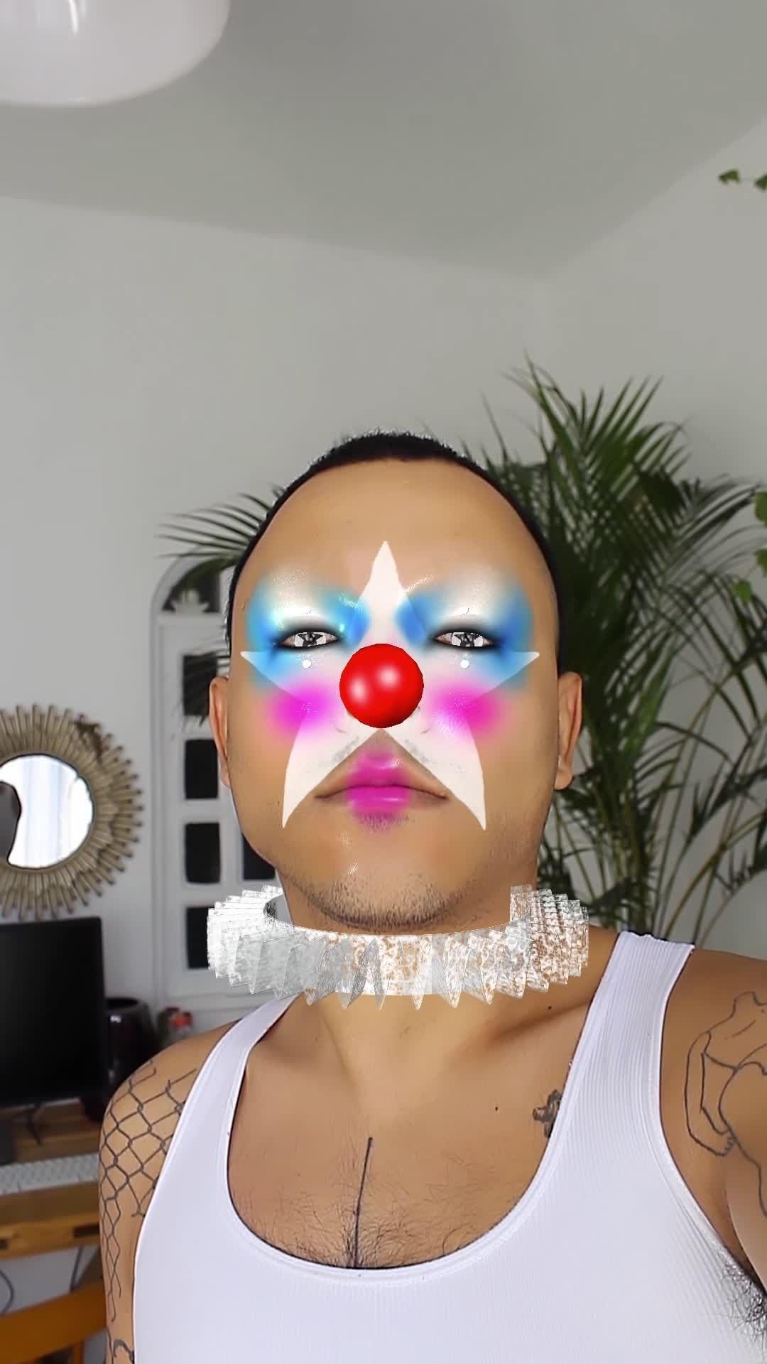 cyberpathology Instagram filter Palhacin
