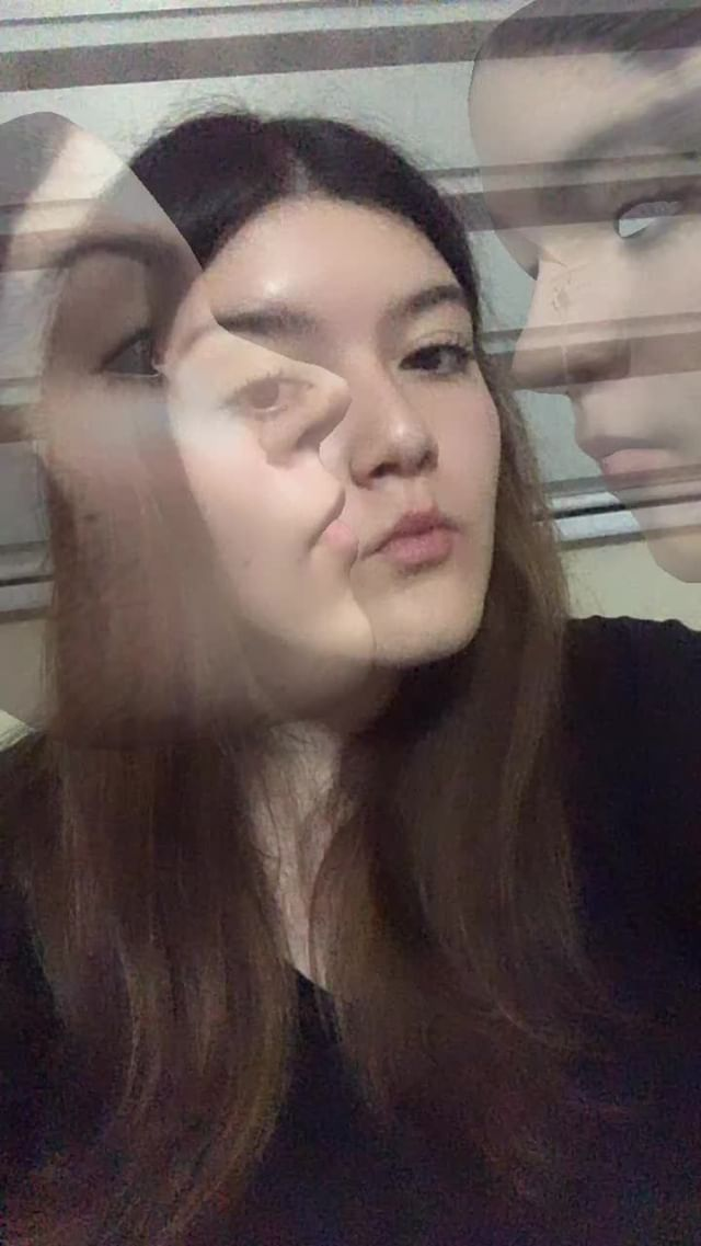 Instagram filter 3 Faces