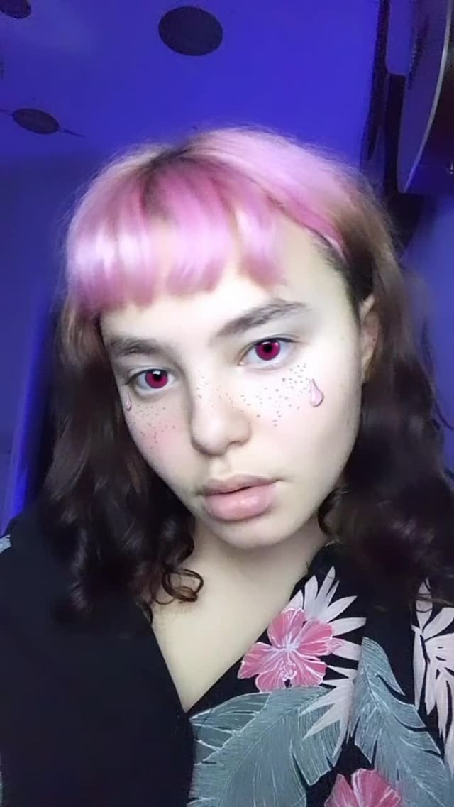 soymenke2.0 Instagram filter sad n' pink