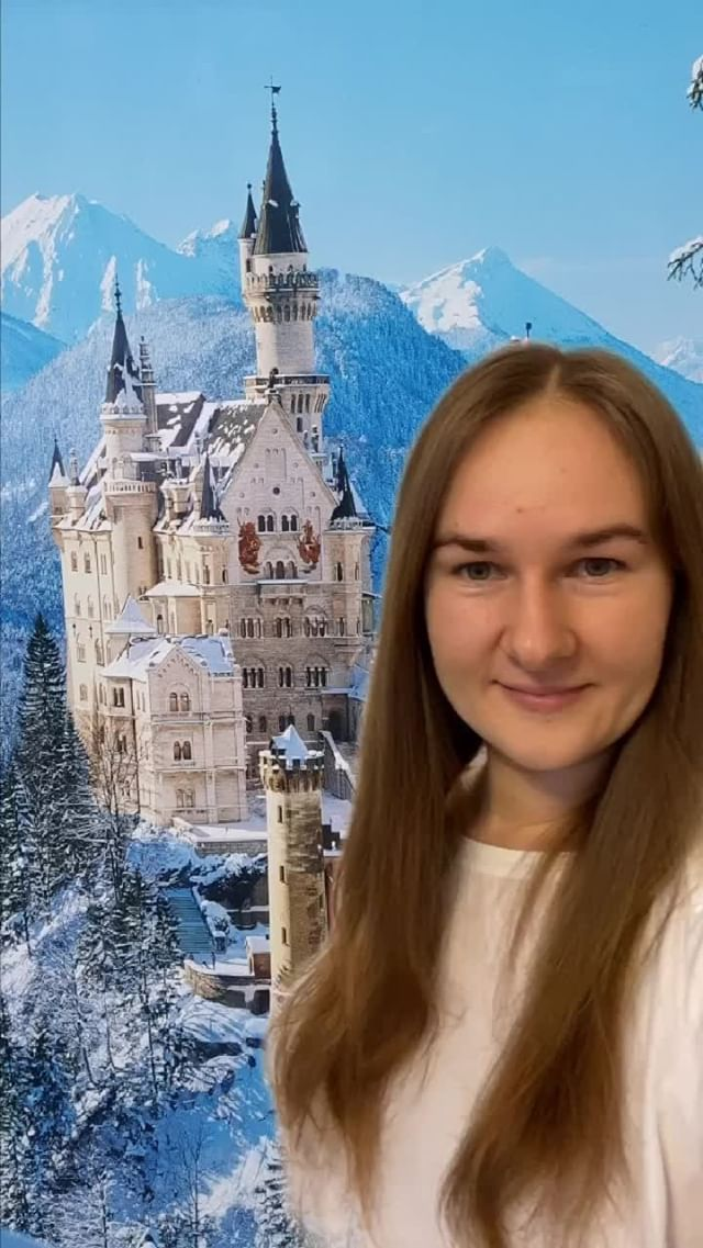 loveis_travel Instagram filter Neuschwanstein