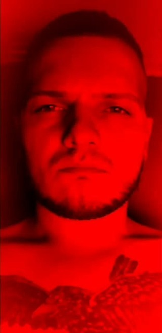 Instagram filter TOTAL RED