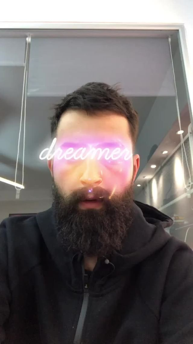 baugasm Instagram filter Neon