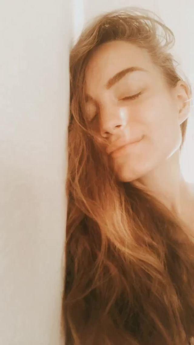 grishaeva.law Instagram filter Yellow Preset