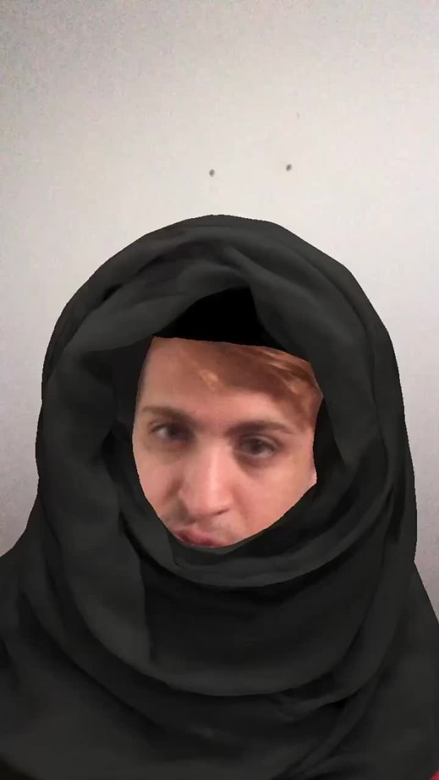 maxon Instagram filter Hijab