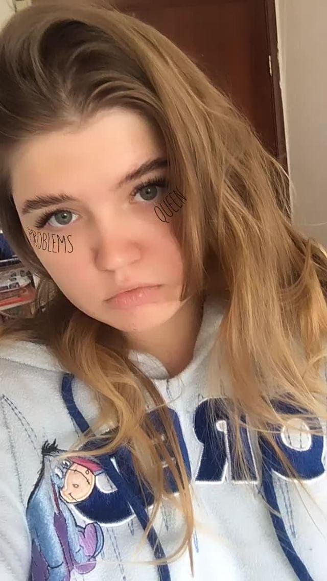 nadia_kyz Instagram filter problems queen