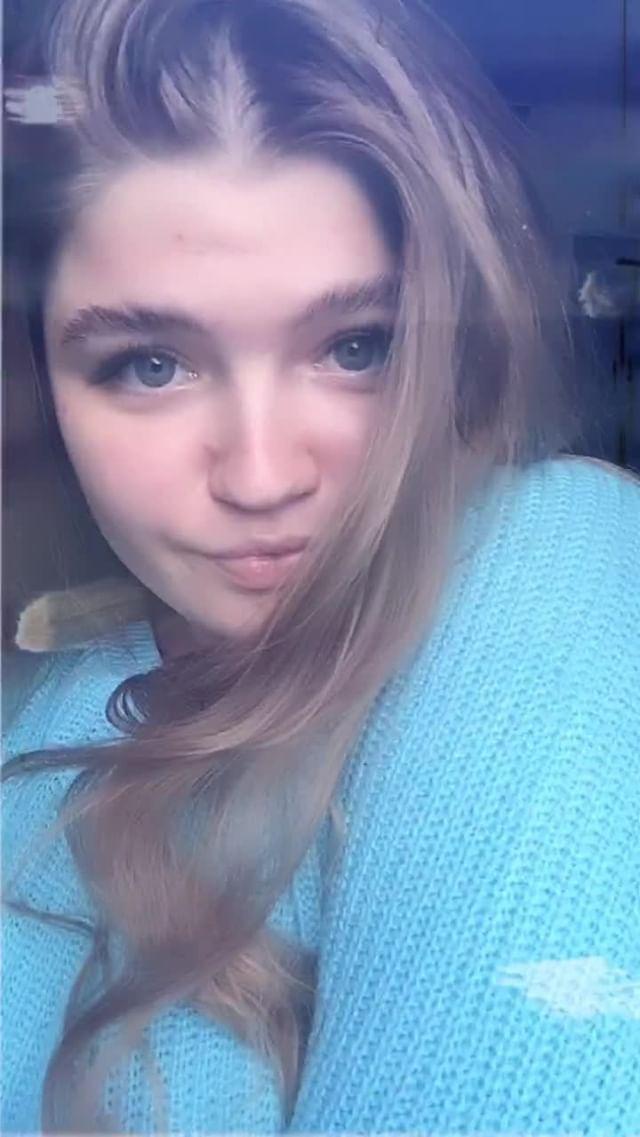 nadia_kyz Instagram filter blue film