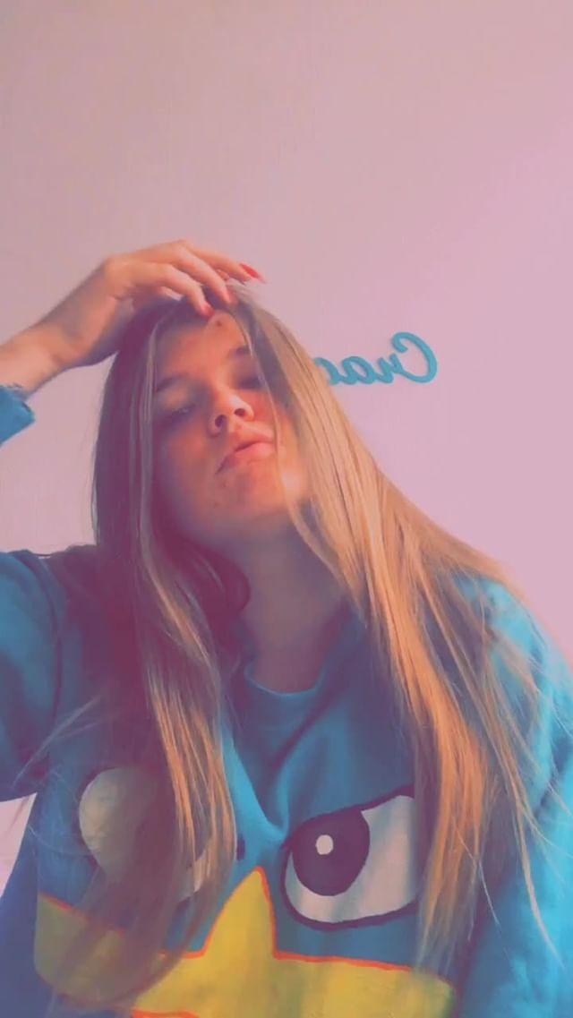 nadia_kyz Instagram filter **snap
