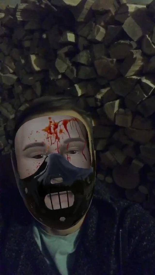 Instagram filter Blood mask