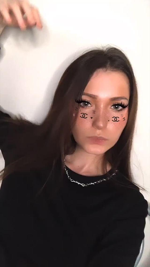 Instagram filter FASHION WEEK