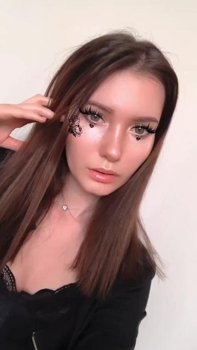 skellerdy Instagram filter Black Basic model