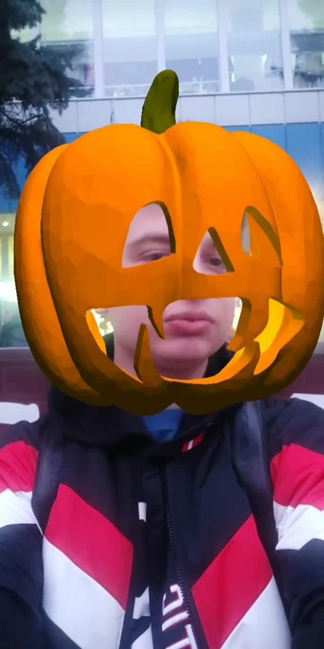 Instagram filter Bouncing pumpkin