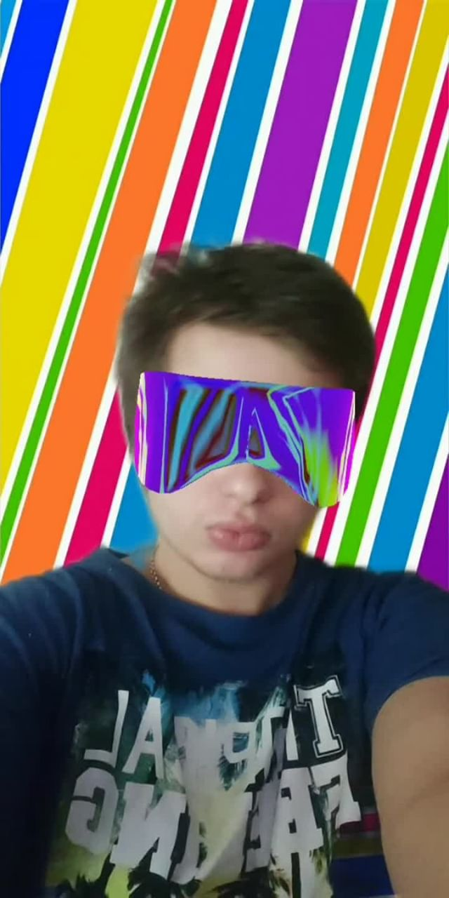 Instagram filter glasses Nicki